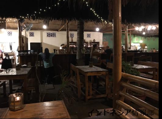 ギリ・トラワンガンのビーガン・レストラン「Pituq Waroeng」の中の雰囲気の写真⑥