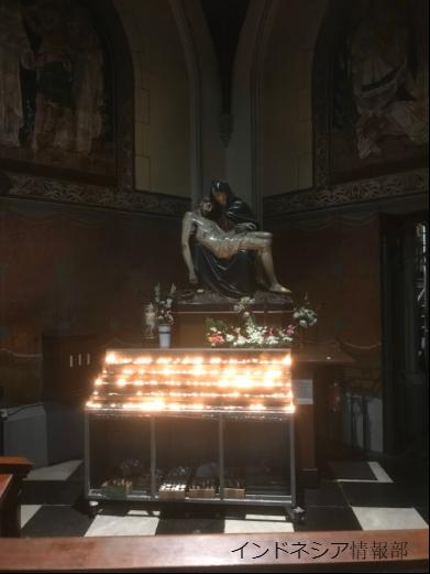 キリストの彫刻