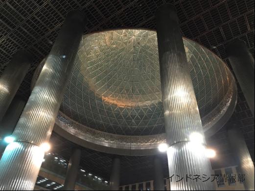 イスティクラルのドーム型の天井